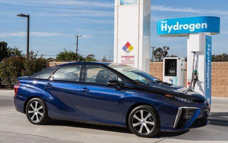 Toyota發現讓電動車電池效率提升的方法