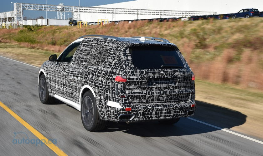 距離正式登場不到一年! BMW X7首批試裝車下線